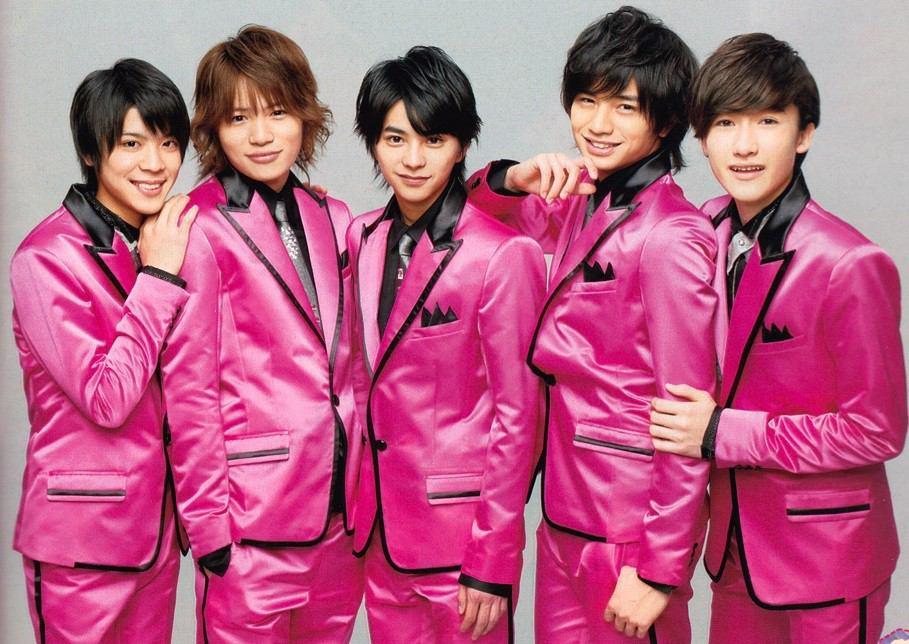 ピンクのスーツのsexy zone