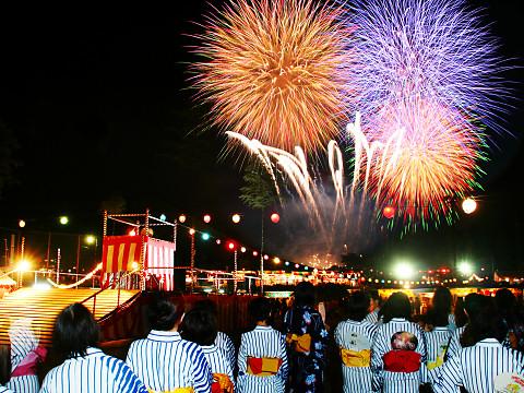 花火や屋台ものお神輿も! 夏を彩る関東で開かれる夏祭りの数々をご紹介!