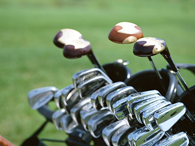 ゴルフ選手が意外な場面で使用するゴルフクラブはこれだ!