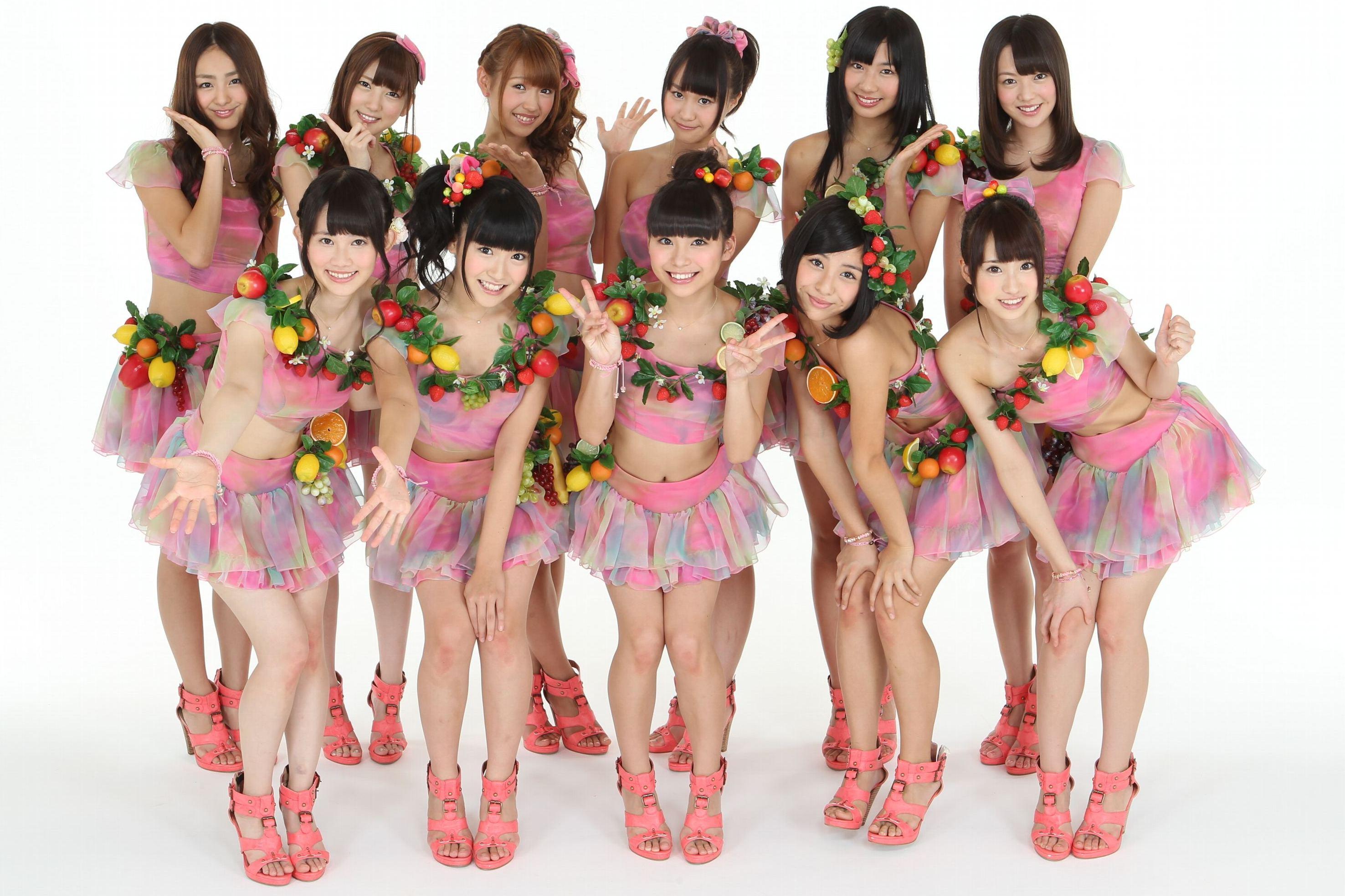 SUPER☆GiRLSはエイベックスのアイドルグループで人気急上昇中です!