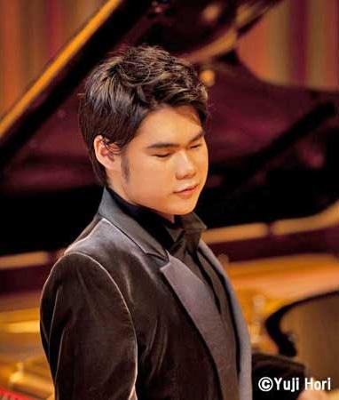 クラシック界隈で知らぬ人はいない、盲目のピアニスト・辻井伸行さんの魅力
