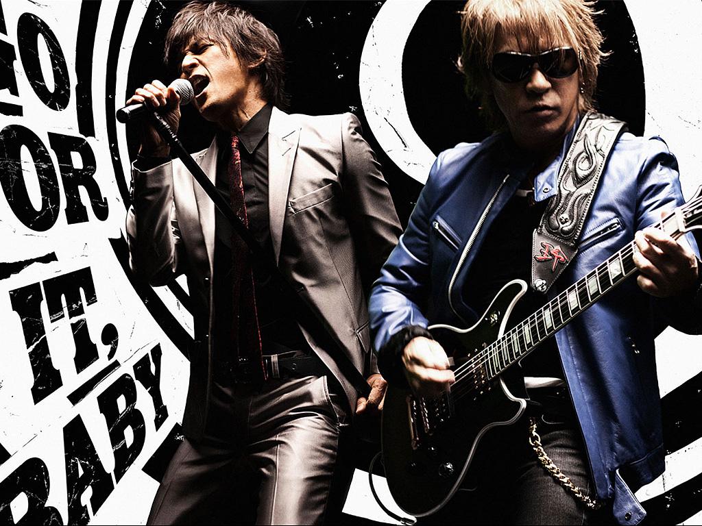 天才ギタリスト、松本孝弘の経歴と過去の仕事、そしてB'zの結成秘話とは?
