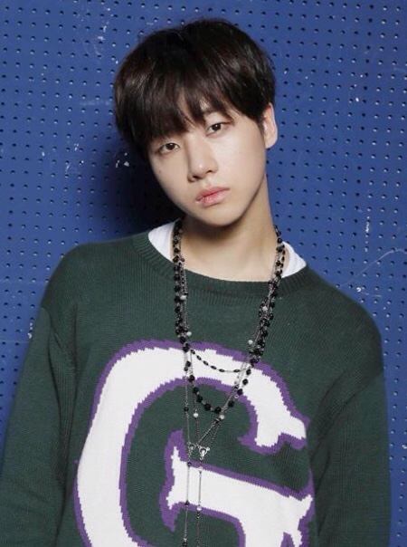 K-POPグループiKONの人気者「ジナン」ってこんな人!
