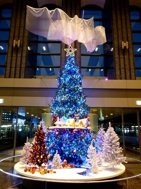 冬デートには品川イーストワンタワーのクリスマスツリー点灯式が最適!