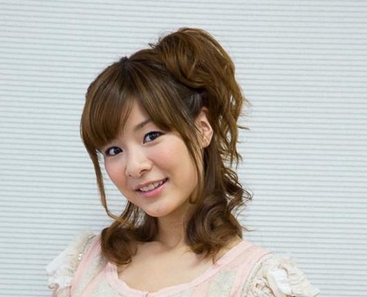 人気声優の赤﨑千夏さんのプロフィールは?出演作品や最新情報も紹介