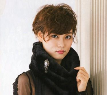 「シェイクスピア」で華麗な演技!宙組上級生男役 天玲美音のプロフィール紹介