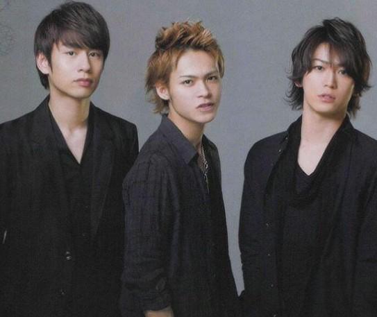 KAT-TUN10週年!ドームツアー開催!あの二人からの祝福の言葉も!?