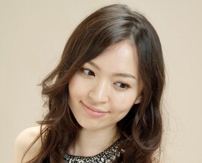 なんでこんなに美人なの?クラシックの日本人ピアニスト