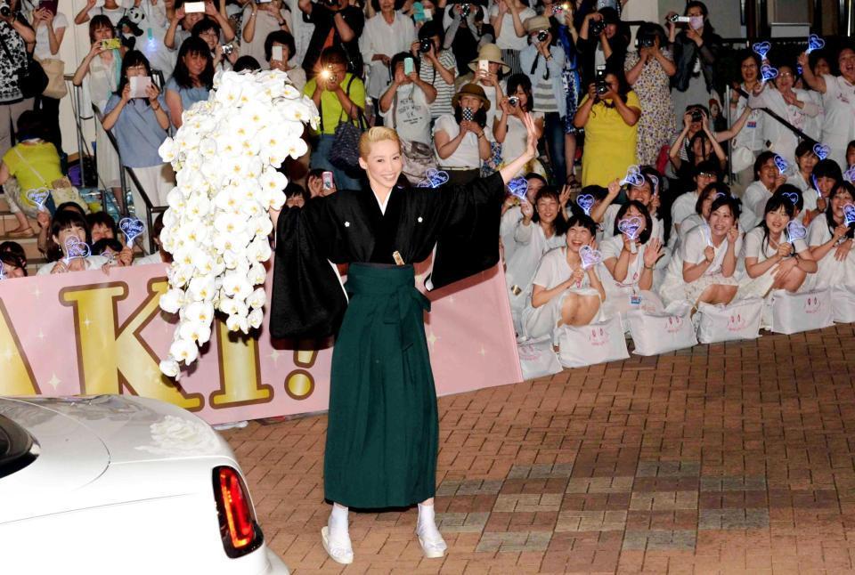 龍真咲退団公演のNOBUNAGAで愛希れいかと踊る姿は感動……!涙なしでは語れない感想をお伝えします!