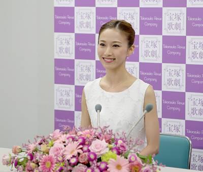 憑依型演技力!?宙組トップ娘役・実咲凜音さんの演技力がすごい