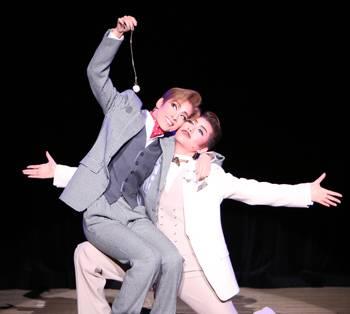 花組 明日海りお&芹香斗亜の名コンビぶりを舞台エピソードで振り返る