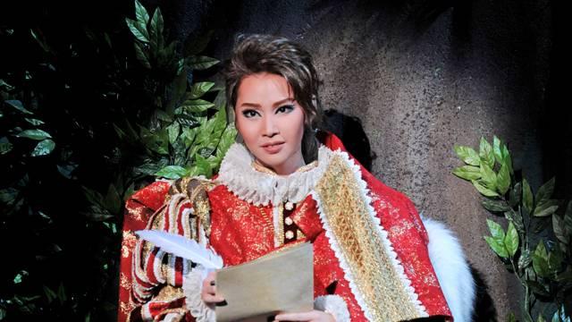 「王妃の館」新公でキラリと光った抜群のセンス!瑠風輝さんのこれまでの活躍を振り返る