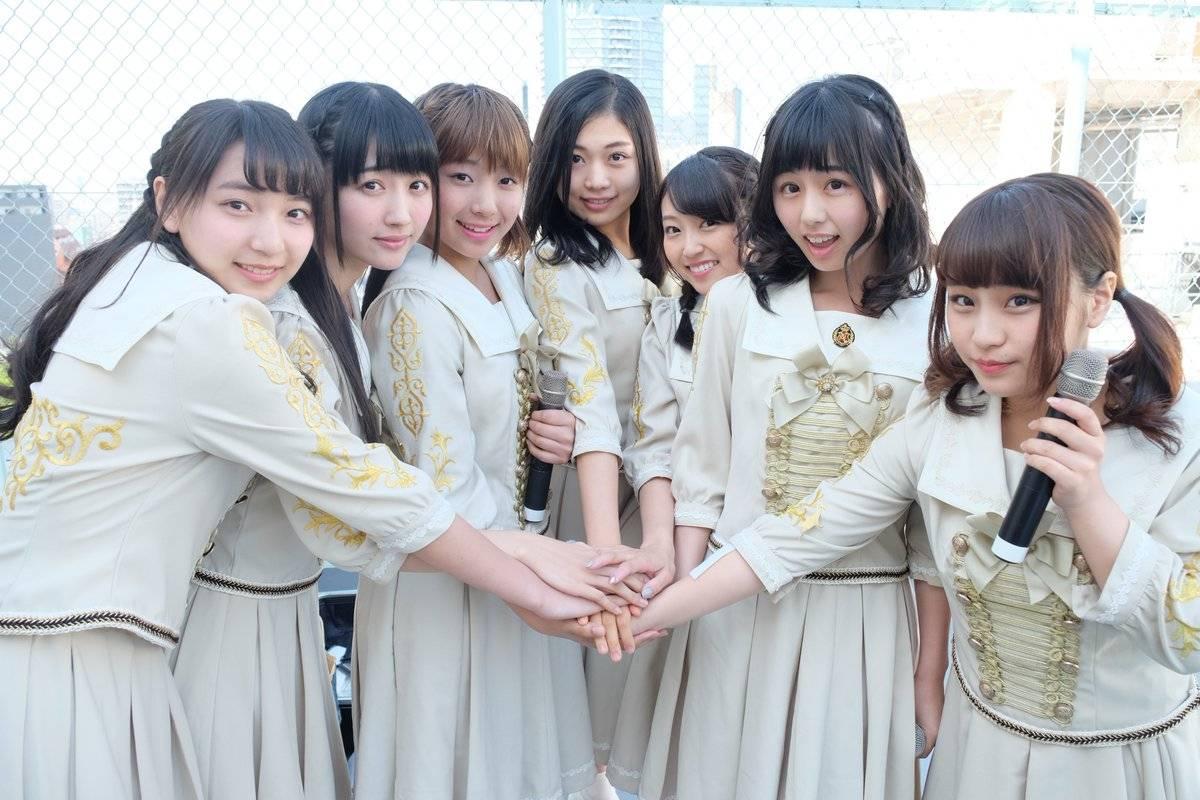 エモーショナルで文化的!?みんな可愛いアイドルグループ・転校少女歌撃団を紹介