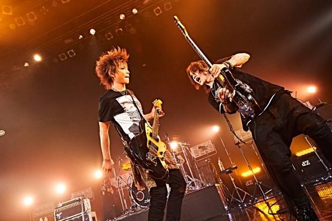 """LUNA SEAのギター兄弟・SUGIZO&INORANの絆の深さは最早""""伝説""""!?"""