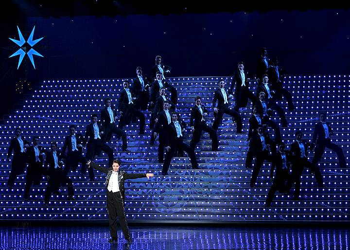 客席を引き込んで離さない! 歴代男役トップスターでダンスが上手いトップスター5名!